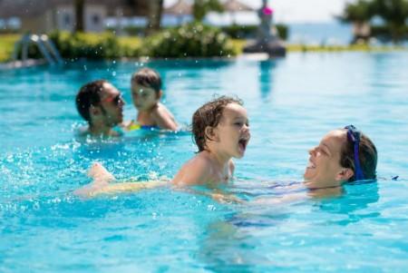 Skap drømmesommeren med basseng hjemme