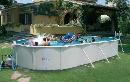 Ovale basseng med skråstøtter