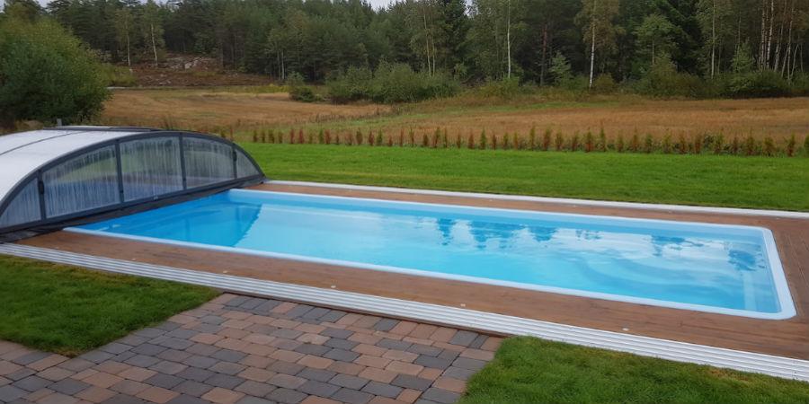 Elektrisk hekte over bakken pool